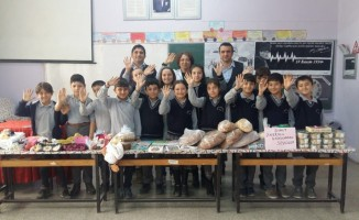Şuhutlu öğrencilerden kardeş okul öğrencilerine yöresel hediye