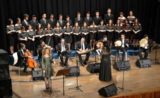 Tepebaşı Belediyesi TSM Gençlik Korosu'nun 'Şarkılar Bizi Söyler' konseri