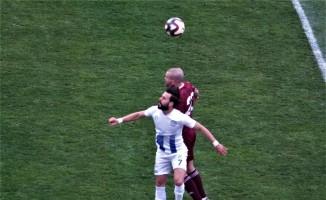 TFF 2. Lig: Bandırmaspor Baltok: 1 - Tuzlaspor: 2