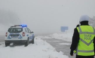 """Tokat-Sivas karayolunda """"buzlanma"""" uyarısı"""