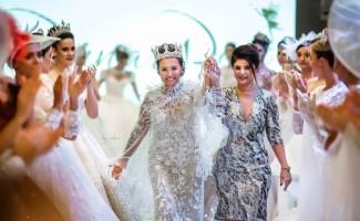 """""""Yılın En İyi Tasarımcısı Ödülü"""" ünlü modacı Pınar Bent'e"""