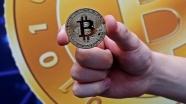 Çalışanların maaşlarını Bitcoin ile ödeyecek