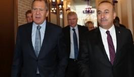 Bakan Çavuşoğlu, Lavrov'la telefon görüşmesi gerçekleştirdi