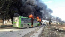 Halep'teki sivillerin tahliyesi için gönderiler otobüsler yakıldı