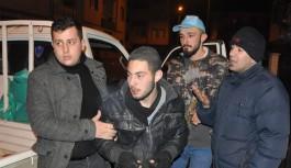 1,5 kilo altın çalan hırsızı mahallenin gençleri yakaladı