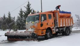 Bursa'da karla mücadele tüm hızıyla devam ediyor