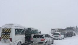 Bursa-İzmir yolu, konvoy 40 kilometreye ulaştı