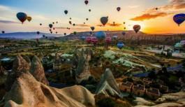 Kapadokya'da sıcak hava balonu düştü