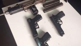 3 terörist suikast silahıyla yakalandı