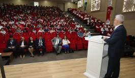 Başkan Bozbey'den öğrencilere tavsiyeler