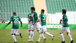 Bursaspor, Gaziantepspor'u son dakikada devirdi