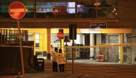 İngiliz polisi: Saldırgan bir kişi