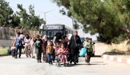 16 bin Suriyeli Türkiye'ye geri döndü