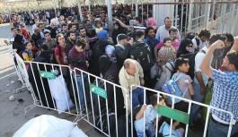 Cilvegözü Sınır Kapısı'nda Suriyelilerin bayram yoğunluğu
