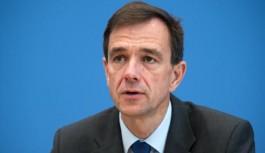 Almanya, Can Dündar kararını tanımayacağını açıkladı