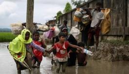 Bangladeş'e sığınan Arakanlı Müslüman sayısı 370 bine ulaştı
