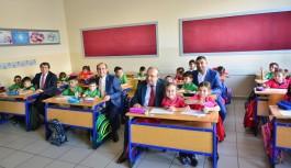 Yıldırım Belediye Başkanı Edebali'den eğitime destek