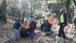 Bursa Yıldırım Kent Ormanı'nda temizlik harekatı