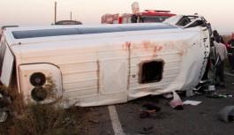 Şanlıurfa'da feci kaza : 2 ölü, 18 yaralı