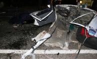 Feci kazada otomobil ikiye ayrıldı! 2 ölü, 2 yaralı