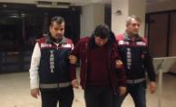 Bursa'da sadaka kutusu çalma anı güvenlik kamerasında