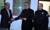 Bursalı polis törenle emekliye ayrıldı