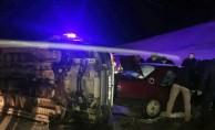 Feci kaza!Otomobil ile minibüs çarpıştı: 16 yaralı