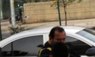 Fuhuş şüphelilerin yakınları adliye önünde gazetecilere saldırdı