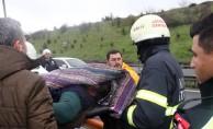 Kontrolden çıkan otomobil takla attı: 1'i ağır, 2 yaralı