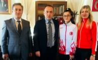 Bursa'nın gururu Ceyda şampiyon oldu