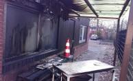 Hollanda'da cami kundaklandı