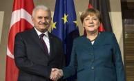 """Merkel: """"ABD Konusunda kaygılıyız"""""""