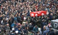 Afrin şehidini on binler son yolculuğuna uğurladı