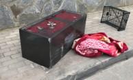 Bursa'da şoke eden olay! Çaldıkları kasayı açamayınca...