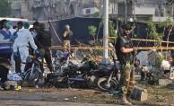 Pakistan'da intihar saldırısı! Ölüler var...