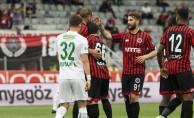 Bursaspor sezonu mağlubiyetle kapattı!