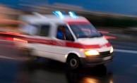 Otomobil beton mikseriyle çarpıştı: 1'i çocuk 5 yaralı