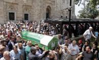 Bursa'da silahlı saldırıda öldürülen iş adamı toprağa verildi