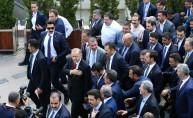 Cumhurbaşkanlığı Kabinesi üyeleri Hacı Bayram Camisi'nde cuma namazı kıldı