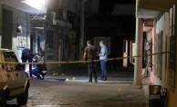 İzmir'de kavgaya müdahale eden polis bıçaklandı