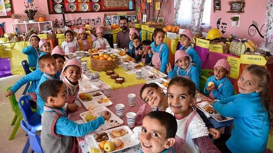 Türkiye'nin yöresel lezzetleri Surlu çocukların sofrasında