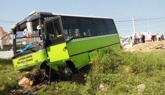 İzmit'te özel halk otobüsünün freni patladı!