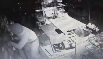 Manavgat'ta soygun güvenlik kamerasında