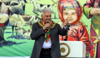 Başbakan Binali Yıldırım Yörük Türkmen Şenliğinde
