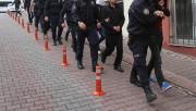 FETÖ'cü 11'i muvazzaf 13 asker yakalandı
