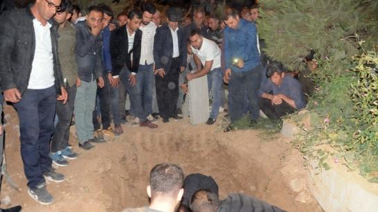 Göçükte hayatını kaybeden işçi defnedildi