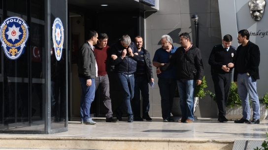 Bursa'da cinayet anı kameraya yansıdı!