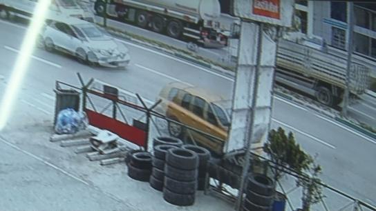 Bursa'da kamyonun çarptığı şahıs 5 metre havaya uçtu