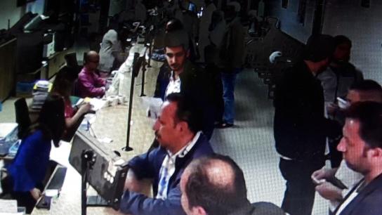 Bursa'da film gibi senaryo kuran oto dolandırıcıları yakalandı