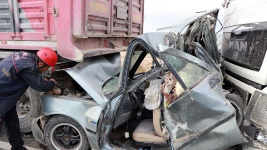 Aksaray'da kum fırtınası dehşeti: 2 ölü 19 yaralı